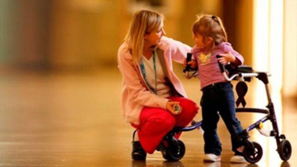 Paralisia Cerebral ocorre na infância